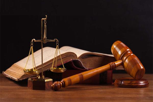 المحامي وكيفية اختياره