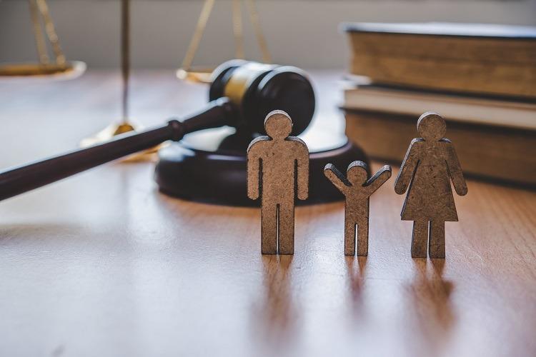 محامي الأسرة