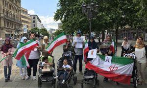 مشاكل الإيرانيين بالخارج