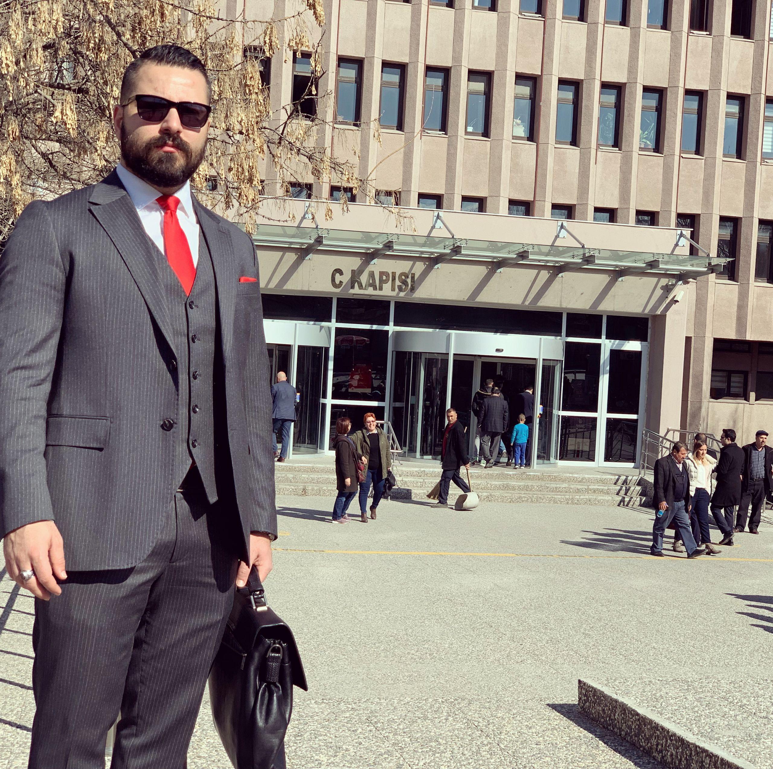 علی محسن زاده- وکیل پایه یک دادگستری