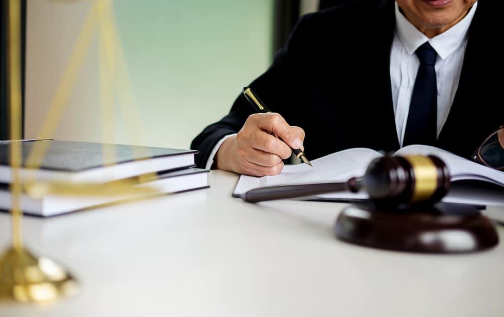 بهترین وکیل