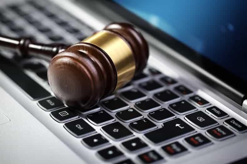 مسئولیت طرفین قرارداد در تجارت الکترونیکی