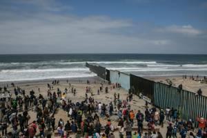 تعریف کلی مهاجرت و پیامدهای ناشی از آن در کشور پذیرنده 2021